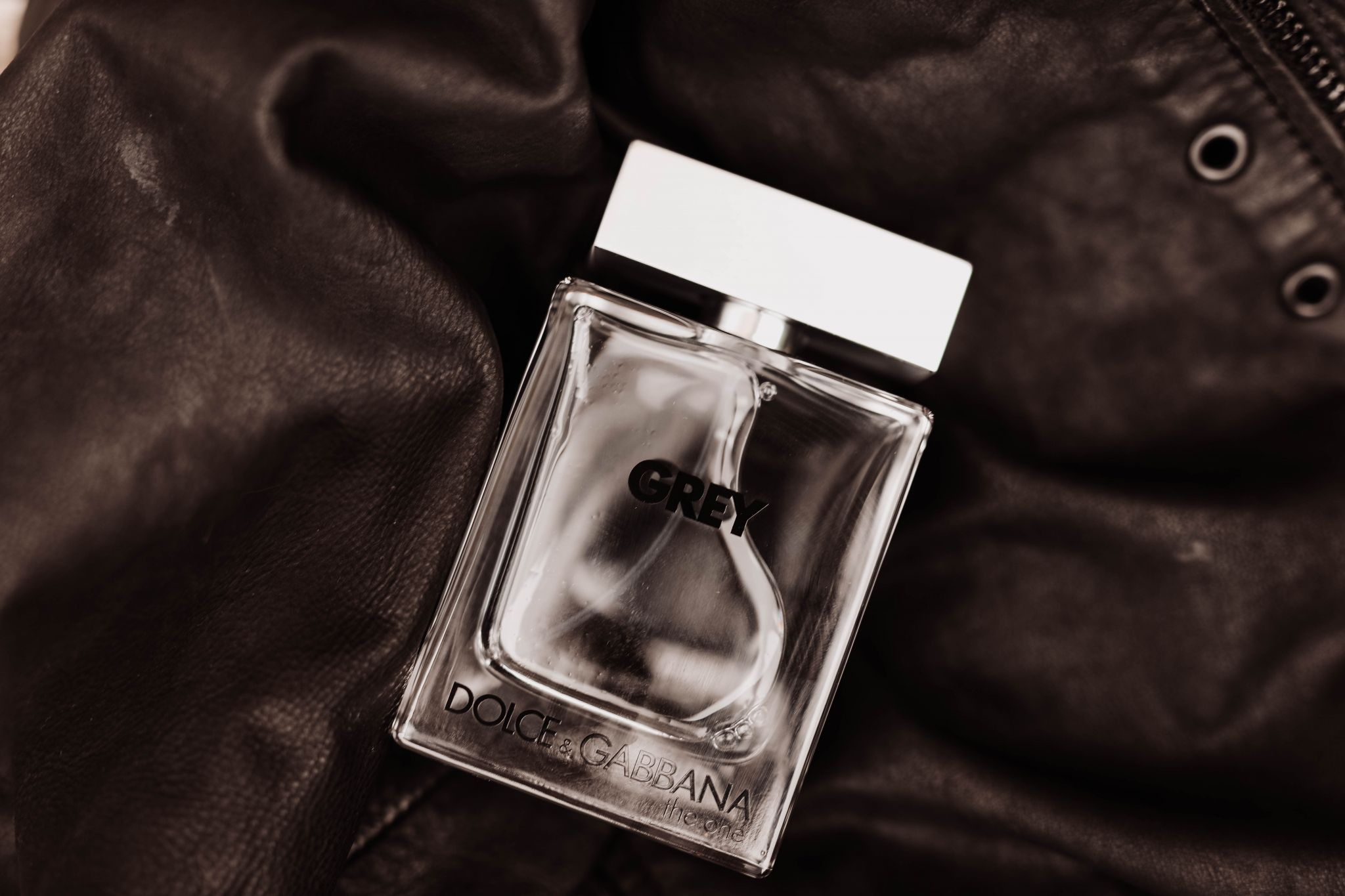 LEATHER FRAGRANCE-15